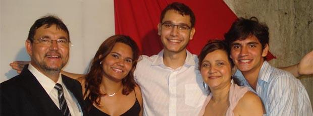 Pastor Jairo e família