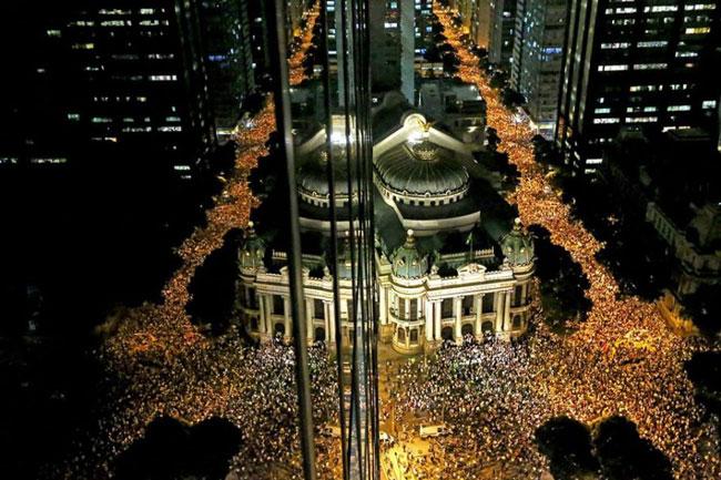 O povo brasileiro vai às praças e às ruas – uma palavra evangélica